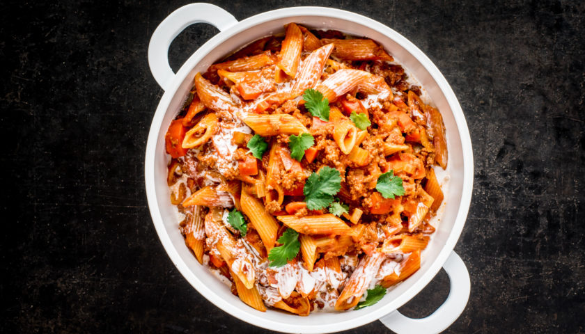 One Pot Pasta Thai-Bolognese